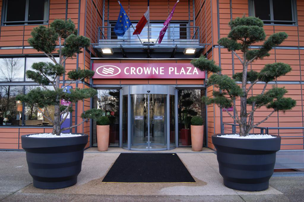 Crowne-Plaza640px.png#asset:3092